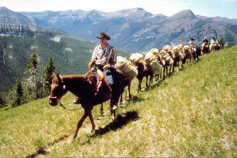 Mit Packtieren durch die Bob-Marshall-Wilderness in Montana